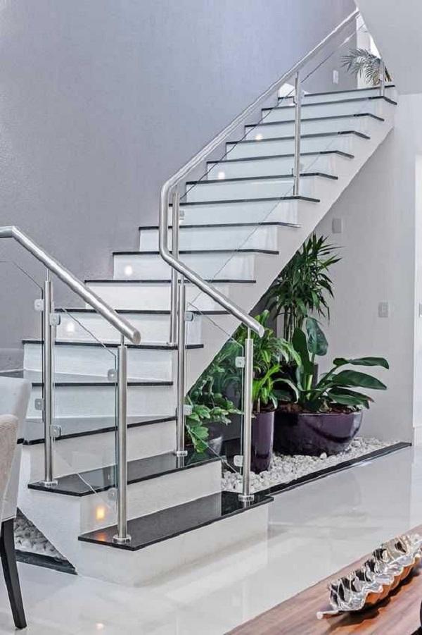 cầu thang trong nhà phố mang phong cách hiện đại