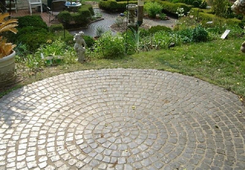 Toàn bộ những điều bạn cần biết về gạch lát sân vườn