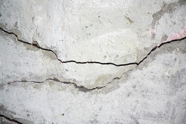Nứt sàn có nguy hiểm không?